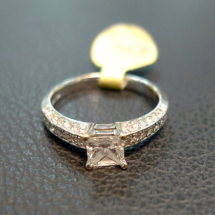 DIAMOND RING 0.5CT SIZE 6.5