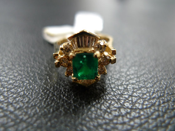 EMERALD 0.82CT 14K GOLD RING SIZE 4.5