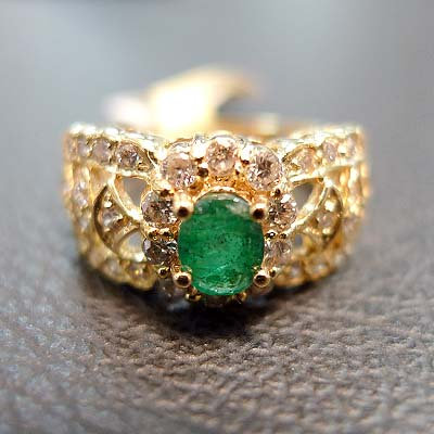 EMERALD RING SIZE 5.5
