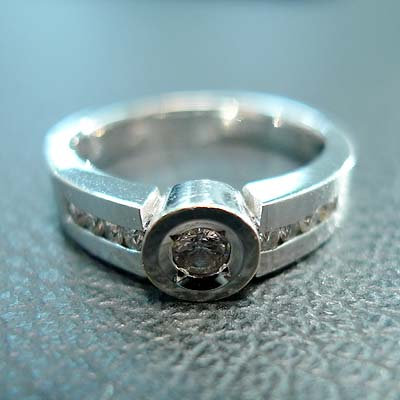 DIAMOND RING SIZE 5.5