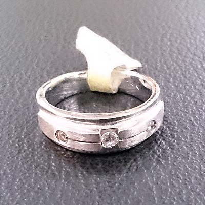 DIAMOND RING SIZE 5