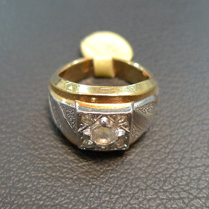 18K GOLD RING SIZE 7