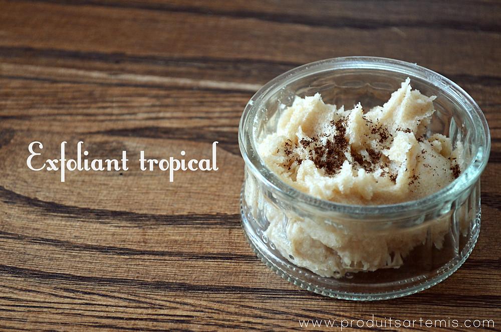 Exfoliant au sucre brun et noix de coco