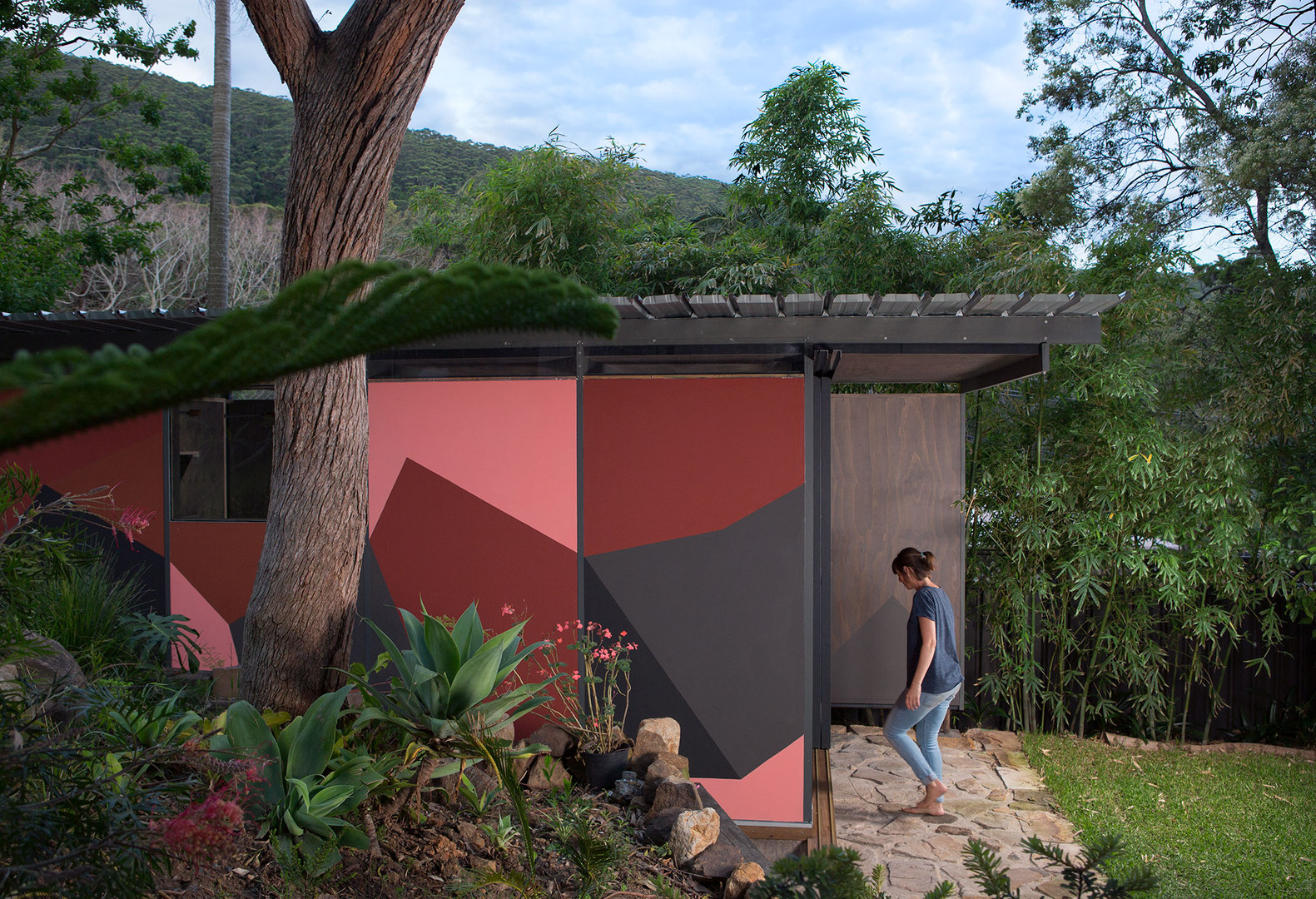 Barnacle Studio shed design and construct featuring Mignon Steele paint design