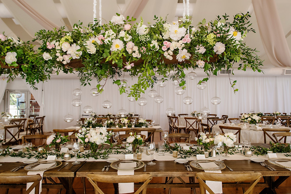 Head table inspiration at natural glam wedding in Cincinnati, Ohio