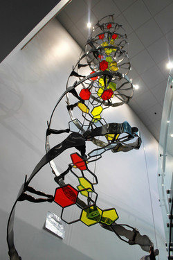 DNA sculpture 4