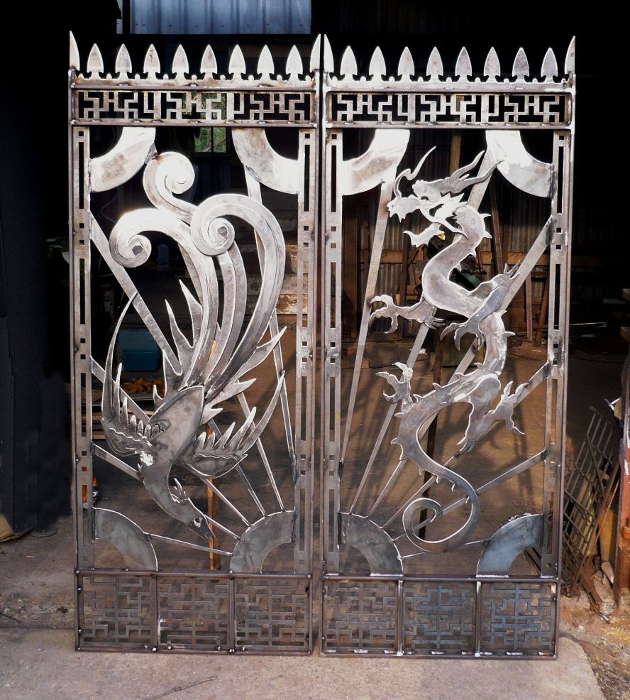dragon and phoenix gates sm.jpg