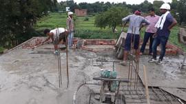 laying concrete.jpg