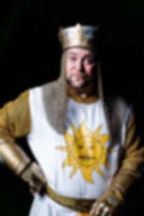 Nick lewis as Sir Arthur –photo by Matthew Kitchen