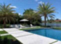 Boca-Modern-Design-Lake-House.jpg