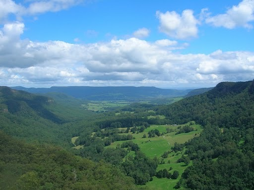 Kangaroo Valley from Belmore Falls