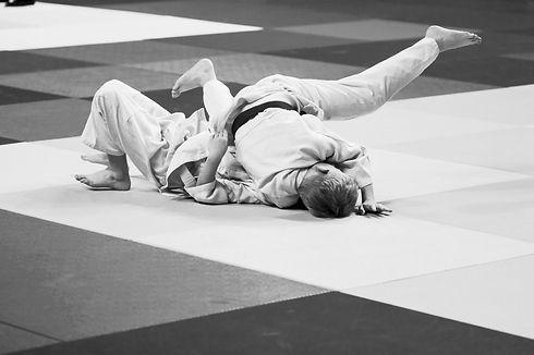 Judo%20Fighting_edited.jpg