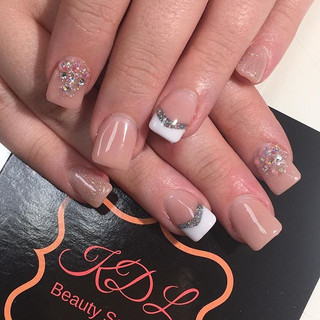 Engagement nails for Jessica! #nails #nailsdid #nailsonfleek #nailswag #nailsofinstagram #nailstagram #nailsaddict #acrylicnails #overlay #b