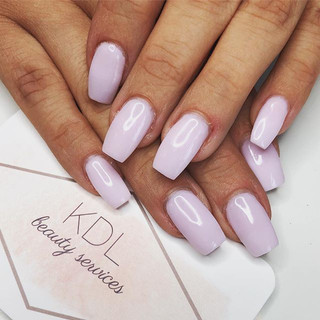 We're ready for the weekend with this lovely pastel pink! 💕
