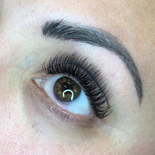 Classic lashes