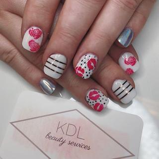 Kisses + roses for Valentine's Day 💋🌹❤️