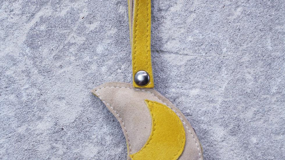 Moon rattle