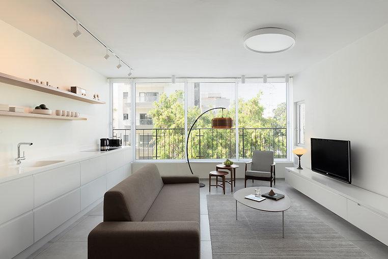 Givatayim apartmentlivingroom