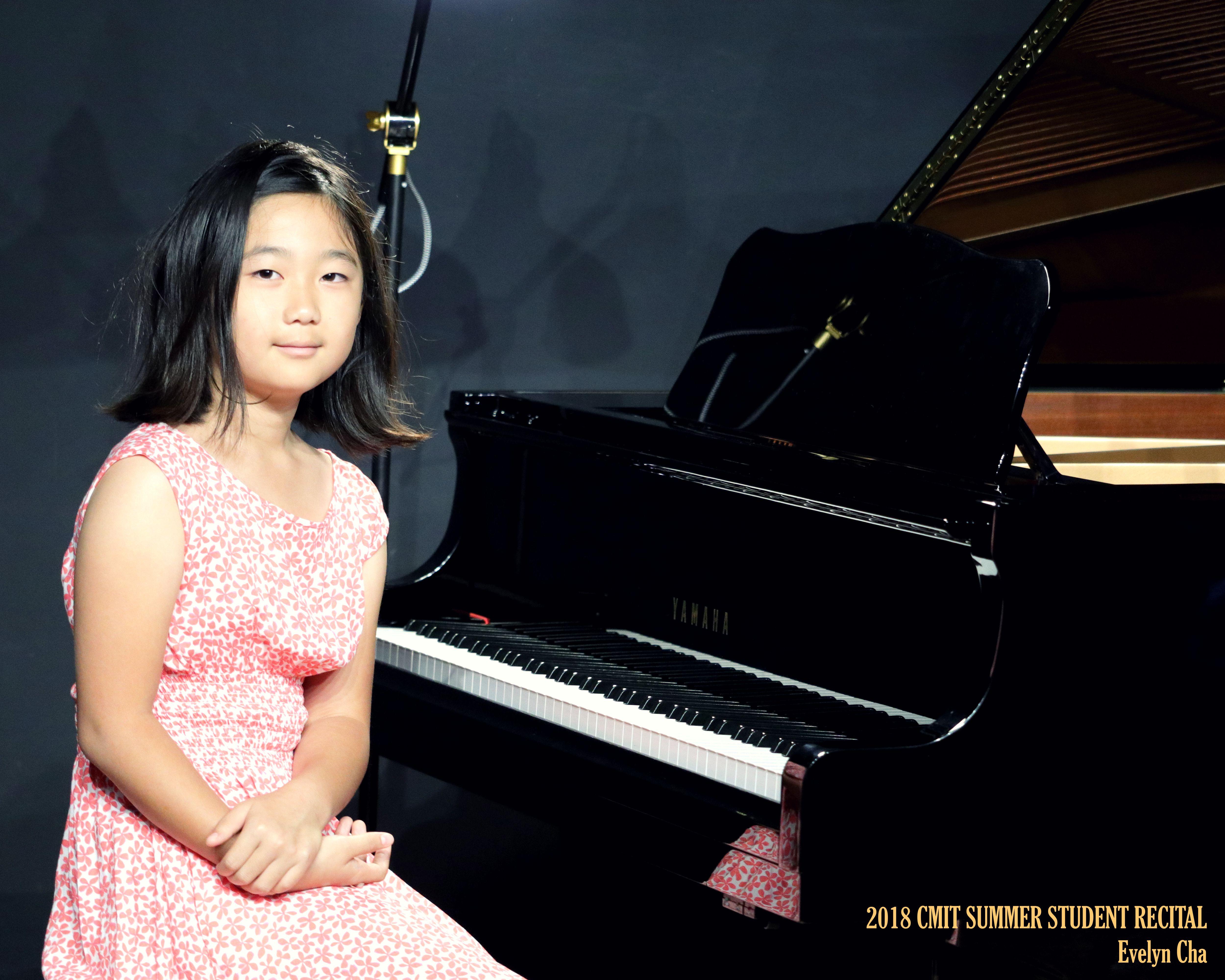 09 Evelyn Cha