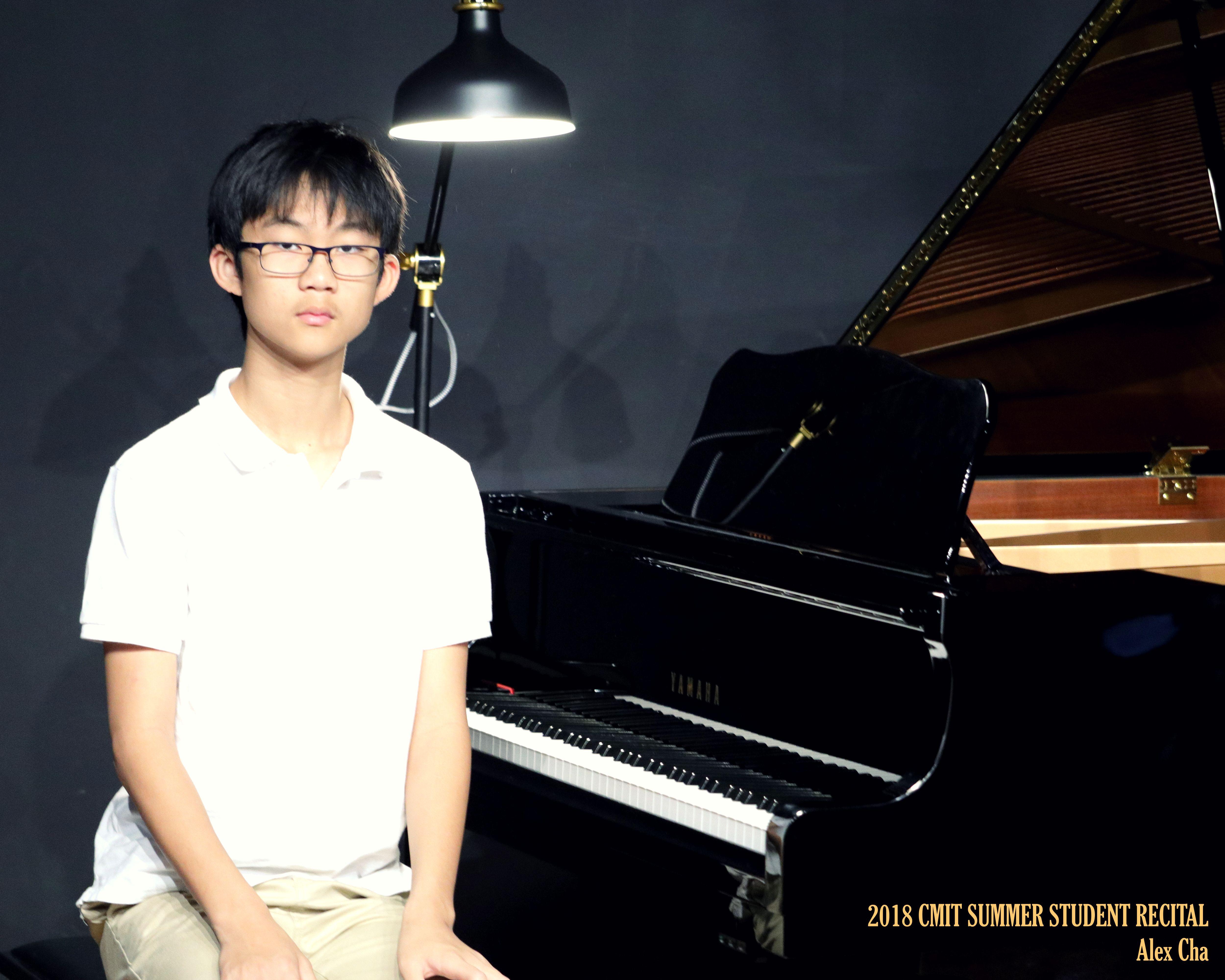 12 Alex Cha