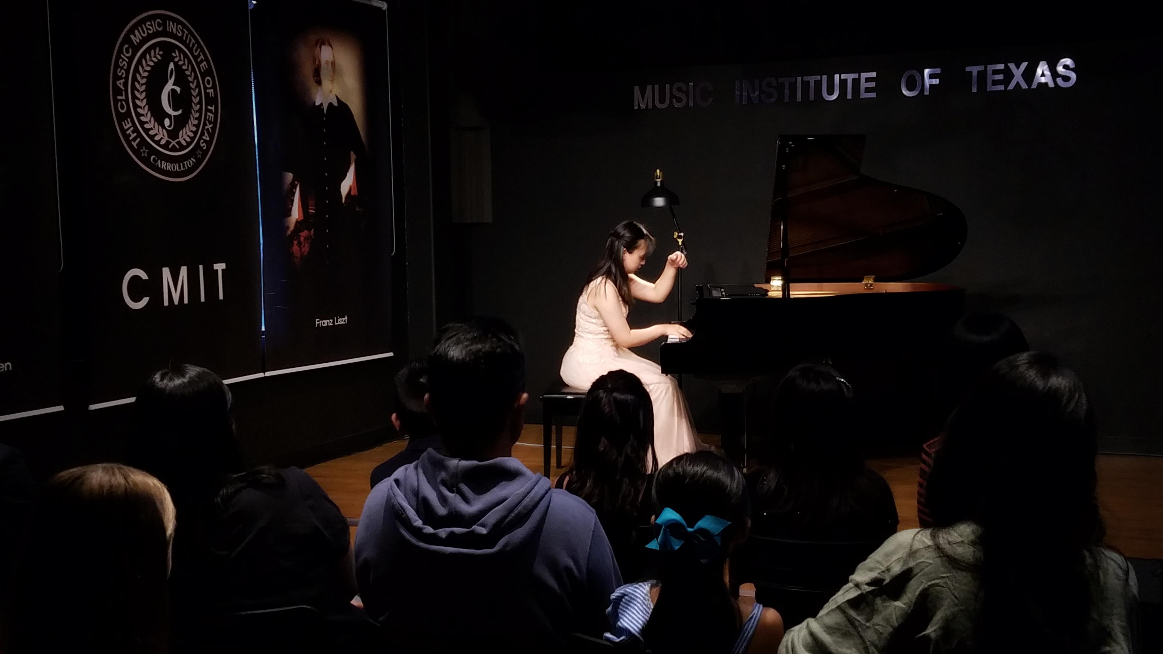 Young Pianists Recital 090819 - 05