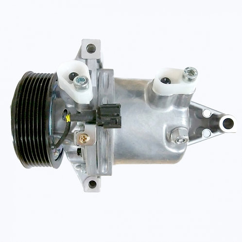 Compressor Nissan March/Versa 7pk 12v