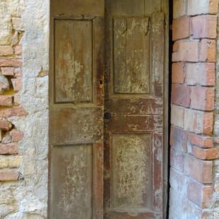 Etruscan Door. Volterra It_