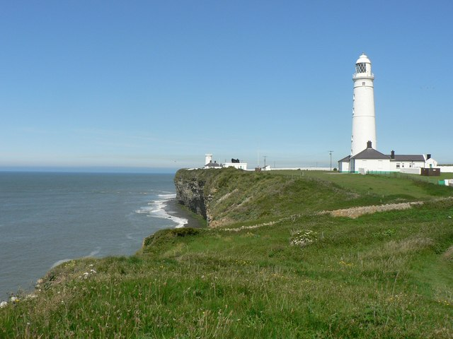 Walk 7 Nash Point Lighthouse
