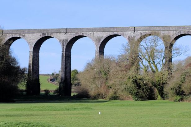 Walk 1 Porthkerry Viaduct