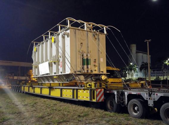 transporte-cargas-pesadas-especiais-maqu