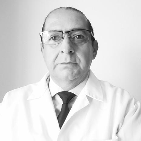 Dr. Miguel Jerves