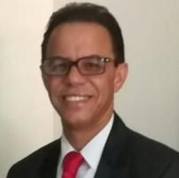 Dr. Mario Furcal