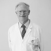 DR. MAURICIO CAMUS