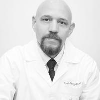 Dr. René Pareja Franco