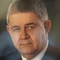 Dr. Ramón E Gautreaux Piña