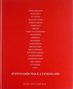 Avant-garde walk a Venezia