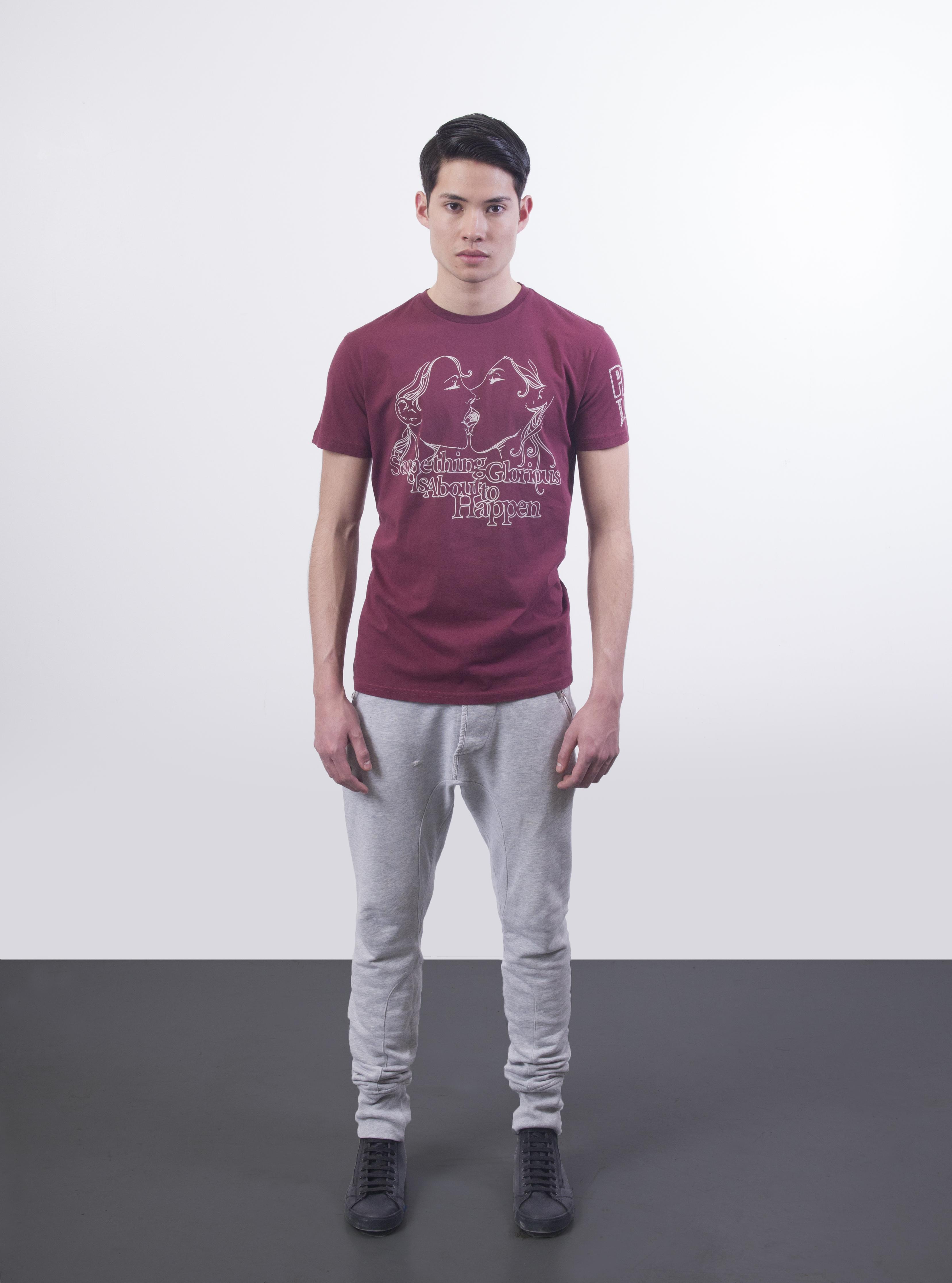 08.3057.glorious.tshirt.burgundy.front.jpg
