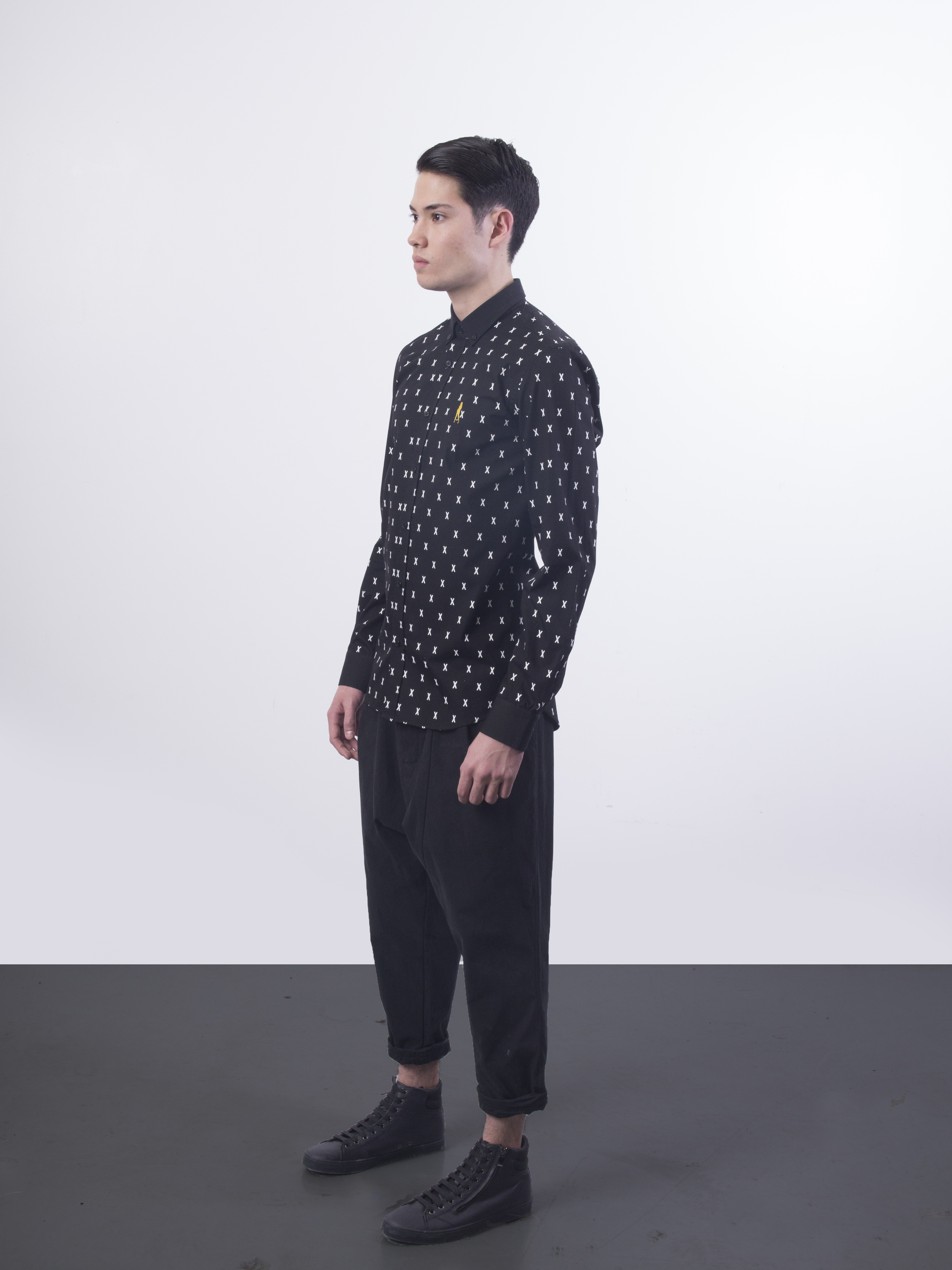 31.3064.X Monogram.Button Down Shirt.Black.02.jpg
