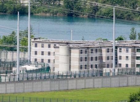 Prison d'Aiton : Un simulacre de fouille
