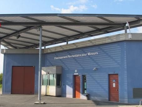 Prison de Porcheville : Arrosages, crachats, insultes, menaces !!!