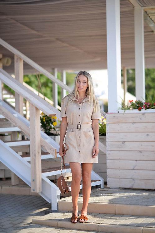 Бежевое льняное платье-рубашка на пуговицах