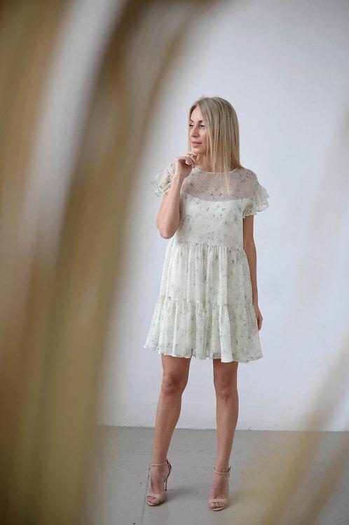 Шифоновое платье свободного кроя с оборками