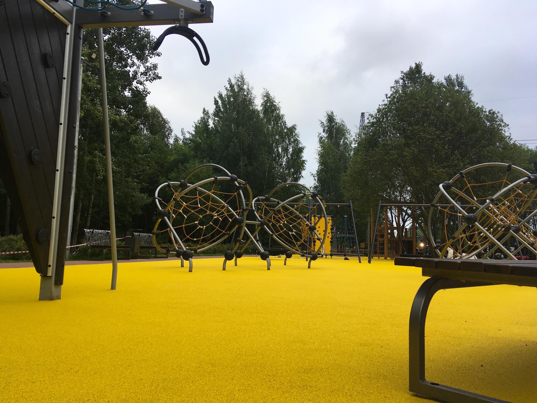 Покрытия в парке Братеевской поймы