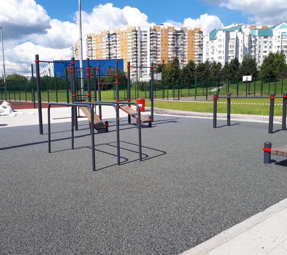 EPDM покрытие спортивных площадок в ланд