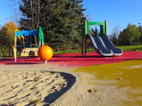 Детская площадка из резиновой крошки.jpg