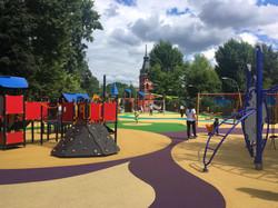 Покрытие детской площадки в парке Таганс