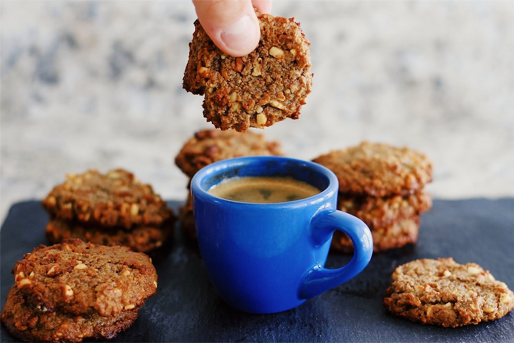 Gluten-Free Flaxseed Cookies made with Eternae by Nature Organic Milled Flaxseed. Eternae by Nature's products are 100% non-GMO, certified organic, vegan, plant-based superfoods. Discover Eternae.