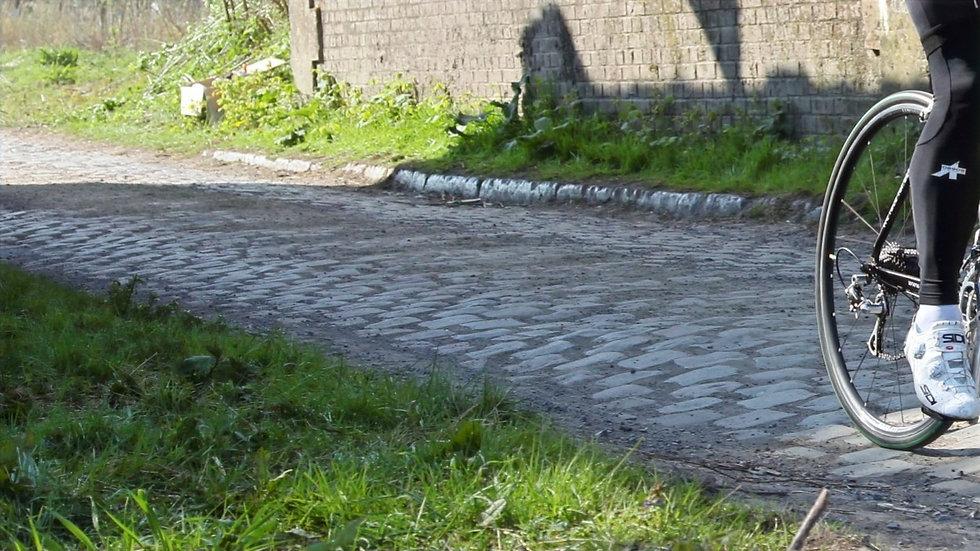 gravel bike, cobblestone, Gravel Rennrad, Paris-Roubaix, Pont Gibus