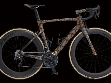 Vélobsessive road bikes now available with custom airbrush design