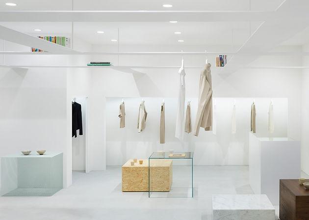 minimal-boutiques-beige-concept-store-by-nendo_dezeen_1568-1.jpg